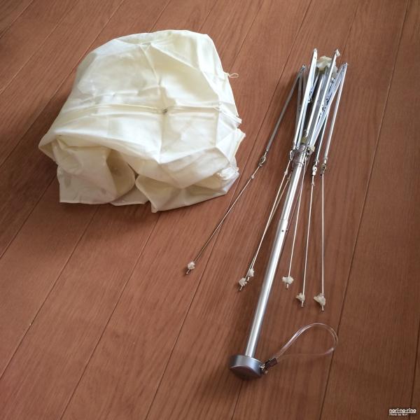 分解後の折りたたみ傘